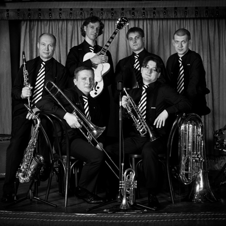 Moscow Ragtime Band  (Russia )